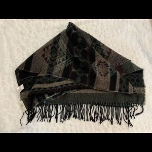 🌟3 for 30🌟 🆕 SCARF with fringe